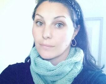 Hand-knit green Wavy cowl scarf by NiteOwlKnitAndCrafts