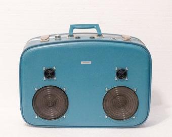 The Blue Bowler 150 Watt Bluetooth Suitcase Boombox