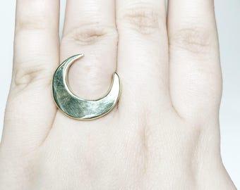 Majestic Moon Ring