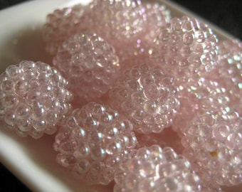 Vintage lucite berry beads - soft pink AB 15mm (6)