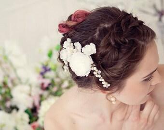 Bridal comb, Ivory bridal comb, Bridal hair comb, Ivory flower comb, Wedding hair accessories, Pearl comb, Bridal hair accessories