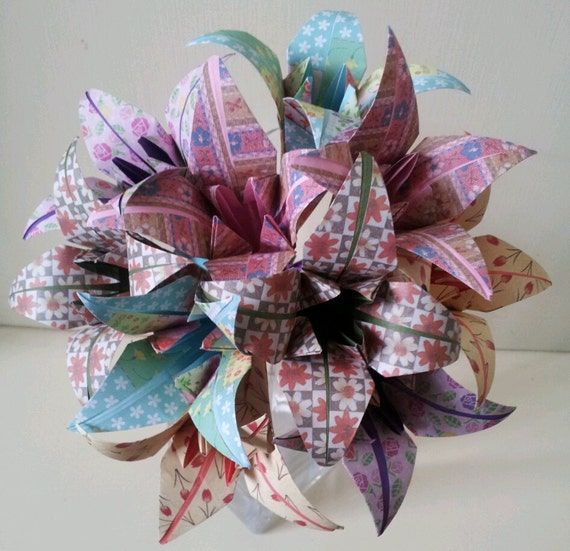 Lys En Origami paper flowers lily origami bouquet wedding paper anniversary