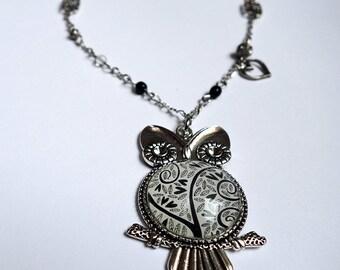 Owl necklace, Black hearts