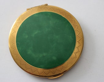 Vintage original 1950s 50s Kigu round goldtone engine turned compact mirror with vibrant emerald green centre