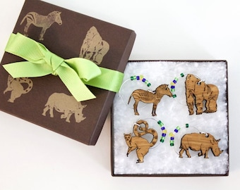 Zoo Animal Wine Charm Gift Box Set - Made from Sustainably Harvested Wisconsin Wood