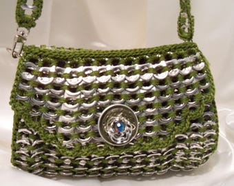 Purse, small olive Pop tabs Purse