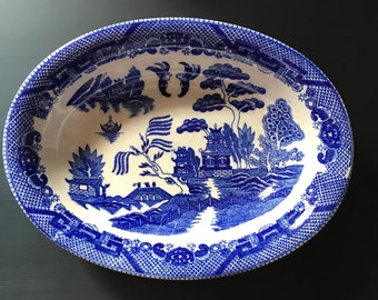 1 Vintage Oval Blue Willow Serving Dish