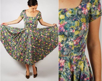 1950's Dress - 50's Fruit Print Dress - Cotton Full Circle 50's Dress - Size S/M