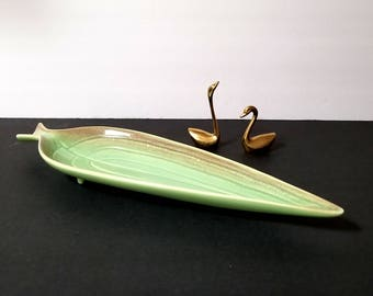 50s ROYAL HAEGER Footed Leaf Dish - Gorgeous Accent Piece - Appetizer Tray - Green Matte Ceramic - Beige Accents - Mid Century Pottery