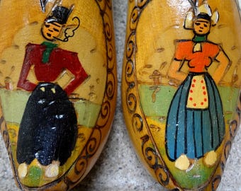 Hand Painted Couple On Wooden Clogs // Made To Hang // Carved Wood Details // Holland Made