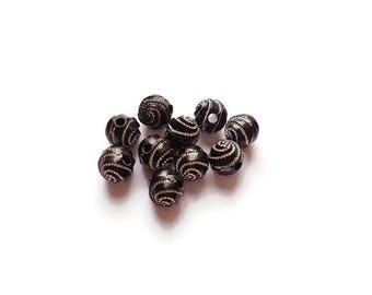 Black 8mm spiral round beads