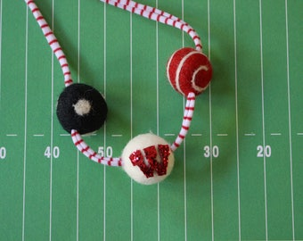 WI Badgers Felted wool ball Necklace