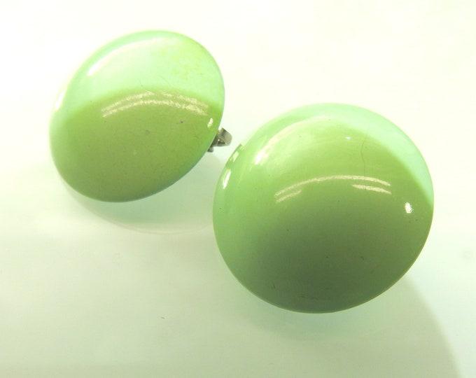 Mint clip earrings