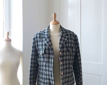 Tweed jacket, jacket buttons gold vintage chanel style