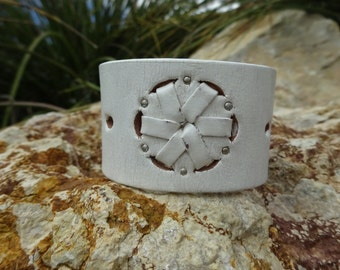 upcycled leather cuff bracelet/white leather cuff/leather bracelet/girls bracelet/womens bracelet/modern cuff/cuffs leather/small cuff/C169