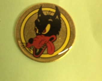 Grateful Dead dire wolf lapel pin
