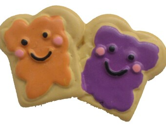 Peanut Butter and Jelly Sandwich friends Happy  Colored Resin Plastic Kawaii Decoden Kitsch Flatbacks Cabochons PB41717