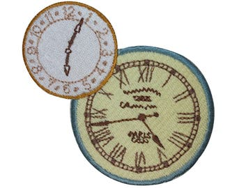 ID 3080 Pair of Clock Faces Patch Watch Time Steam Embroidered Iron On Applique