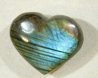 A Blue and Gold FLASH! on this Little Polished Labradorite HEART! 12.3gr