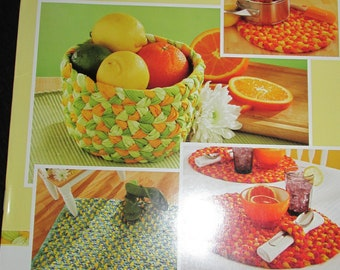 PB57 Bright Ideas Braid Crafts Crafting Book 5 Quick Easy Projects 2006