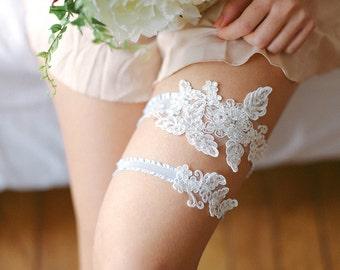 Wedding garter, bridal lace garter set, wedding garter belt, keepsake garter, tossing garter, bridal lingerie - style #516