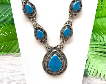 Turquoise necklace, turquoise jewelry, statement necklace, chunky turquoise necklace, tribal necklace, handmade necklace,turquoise pendant
