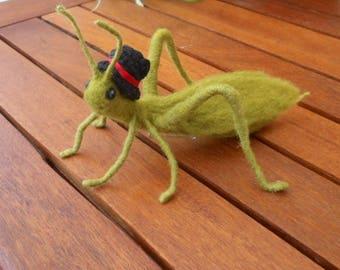 Needle felted grasshopper, felt cricket, needle felted insect, Waldorf, green grasshopper, insect bug, nature table, play mat