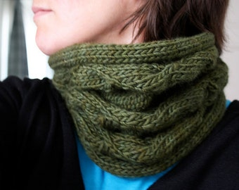 Morning Glory cowl - knitting pattern - PDF file - NOT a finished item