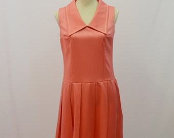 St Michael 1970 peach shift style sleeveless dress with collar UK vintage size 12