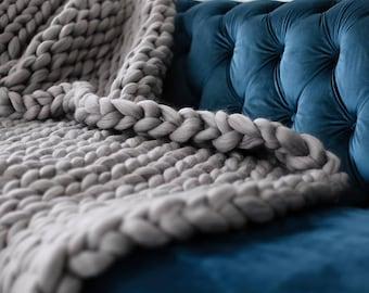 Chunky Knit Blanket, Merino Wool blanket,Arm Knit,Chunky Knit,Chunky knit throw, Blanket, Thick yarn blanket, Merino wool, Extreme knitting