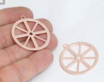 33x37mm Rose Gold Wheel Pendant, Wagon Wheel Charms, Brass Wagon Wheel Charms, ROSE540