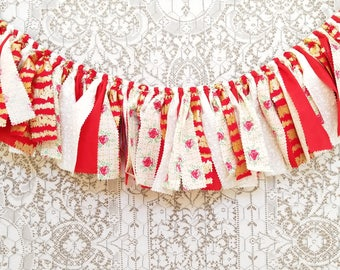 Red & Gold Valentine's Day Banner for Photoshoots, Backdrop - Valentine's Day Mantel Decor - Holiday Home Decor - Sweetheart Birthday Decor