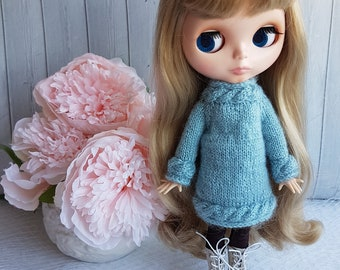 Knitted dress for Blythe by NikiDollsToys