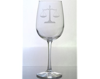 Lawyer Wine Glass / Personalized Gift / Scales of Justice Etched 16 oz Wine Glass / Free Personalization / Gift for Law Student