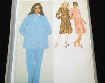 Simplicity Misses' Maternity Smock Dress Or Top And Pants Pattern 9290 Size 16