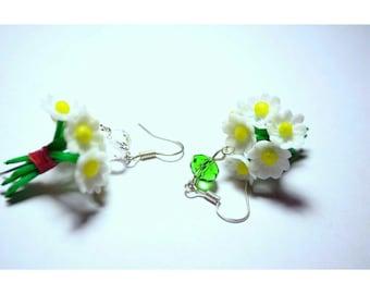 daisy earrings, flower earrings, white earrings, gift for her, rustic style, bouquet earrings, rustic earrings, daisy gift