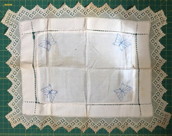 Vintage butterfly placemat / cover