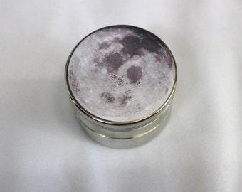 "Metal Moon NASA Herb Grinder 2.5"" 4 Piece Weed Accessory"
