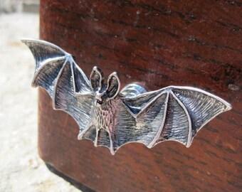 Bat drawer knobs - Cabinet Knobs in Silver Metal (MK120)