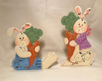 Bunnies with Carrots Decorations