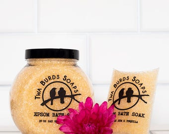 Epsom Bath Salts / Bay Rum & Tequila / Bath Salt Gift / Spa Gift Set / Bath Salt Favors / Spa Bath / Epsom Salts / Girl Gift / Colour Change