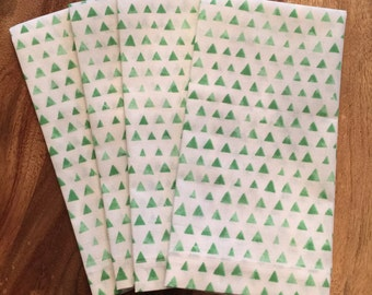 Green watercolor Triangle napkins-Set of 2 or 4
