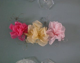 Composition of tissue paper flowers