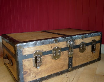 VINTAGE STEAMER TRUNK 20s 30s Art Deco Storage Chest Travel Trunk Coffee Table Rustic Wooden Luggage Box