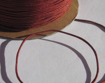 1 m of thread for jewelry, cotton and polyester 1 mm thick (50)