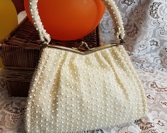 White Beaded Purse Vintage Purse Kiss Lock purse