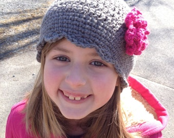 Crocheted hat with changeable flower -choose 5
