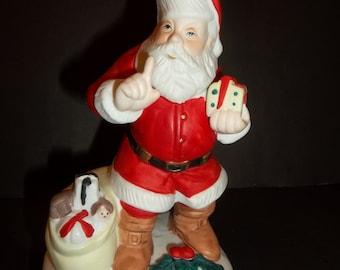 Trio of Vintage Santa's