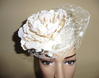Ivory ,Cream ,Pillbox .Weddings.Ascot Races.Occasion Hat.Large Ivory,Cream Flower and veiling.Small Hat.Fascinator.Lightweight Hat .