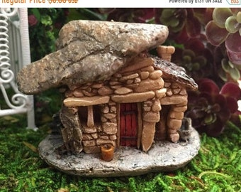 SALE Mini Micro Rock Top House With Flower Pot, Fairy Garden Accessory, Mini Fairy Troll House, Style 45, Miniature Garden Decor, Topper